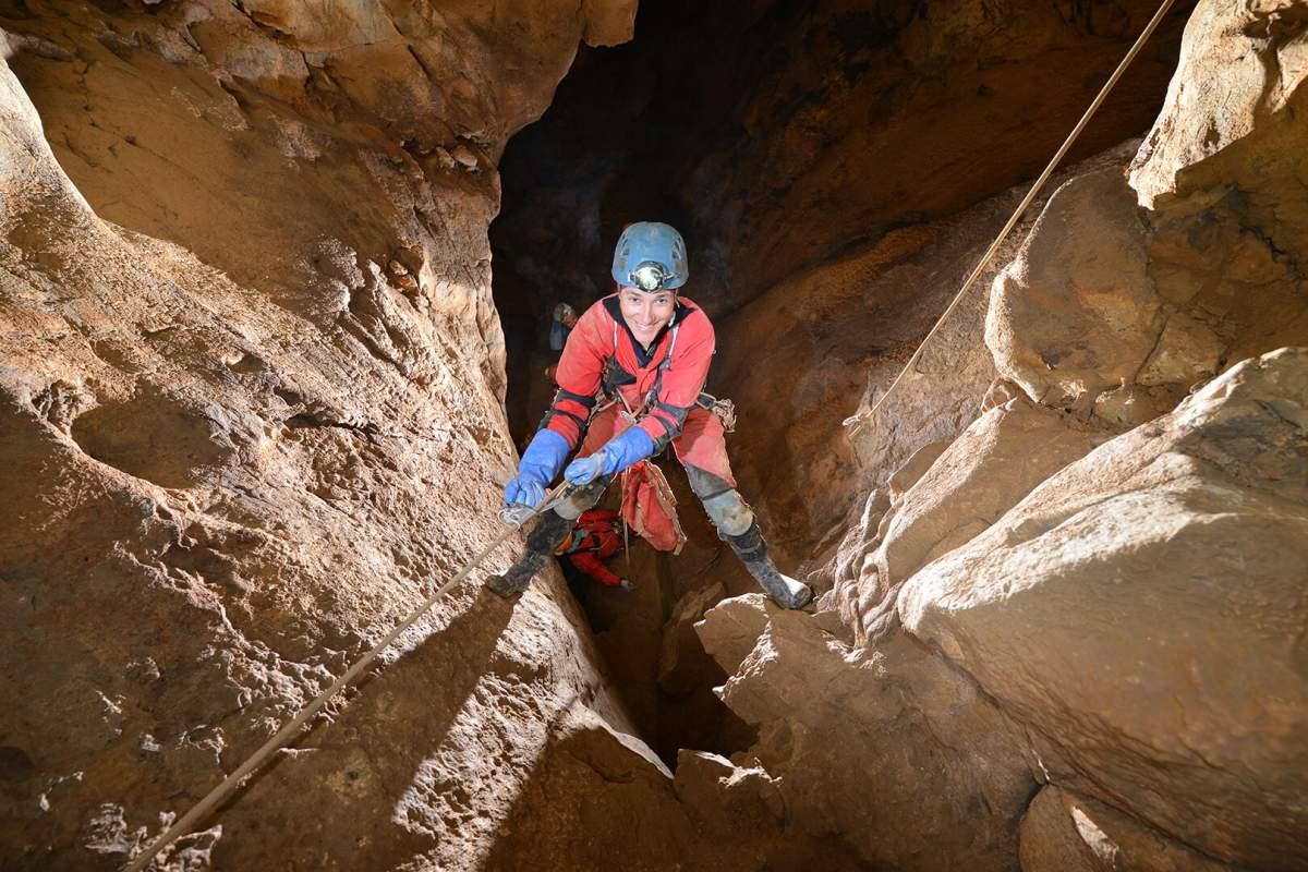 Découverte de grotte sur une demi-journée avec initiation rappel